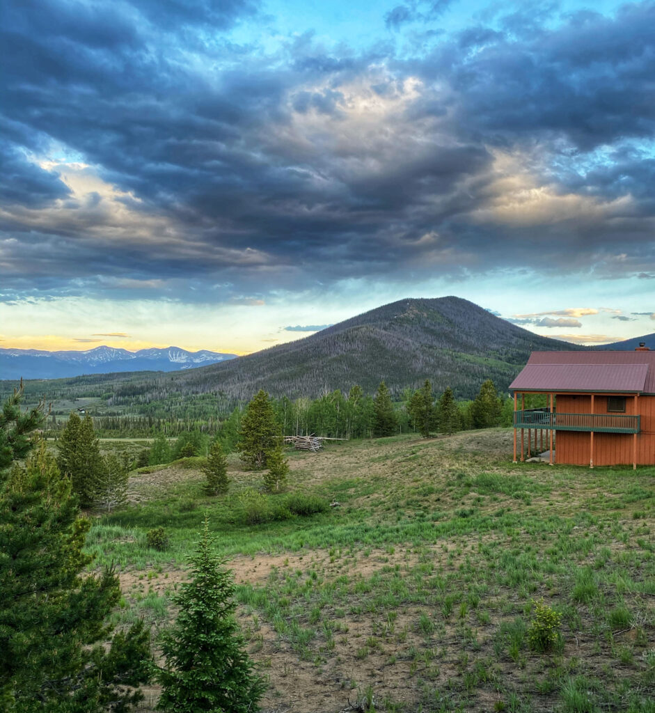Colorado pet friendly cabins at YMCA of the Rockies Snow Mountain Ranch